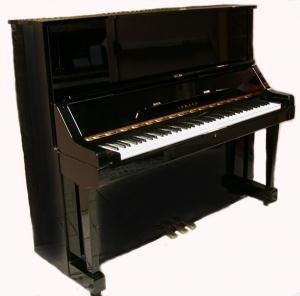 gebrauchtes klavier yamaha u1 h und yamaha u3 kaufen bei. Black Bedroom Furniture Sets. Home Design Ideas